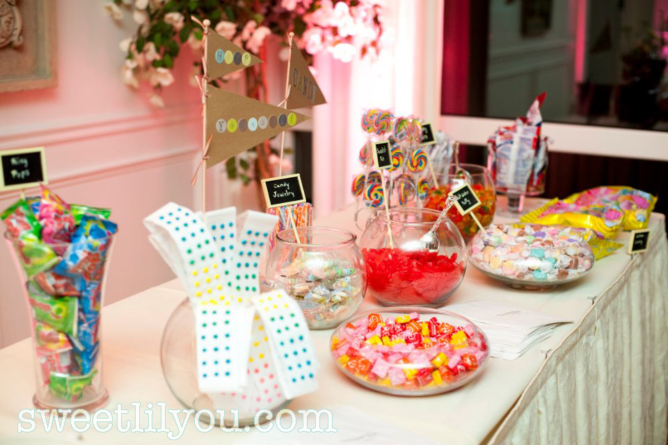 old fashioned wedding candy buffet baseball